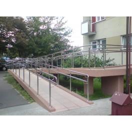 Balustrada podjazdu dla niepełnosprawnych
